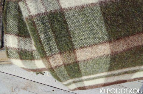 Vlnený alpakový prehoz, vidiecky štýl deky na chatu, zeleno-hnedá károvaná deka.