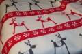 vlnená vianočná deka so sobmi