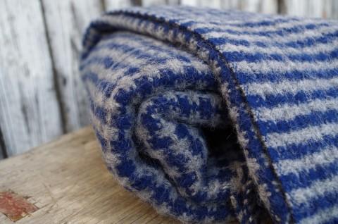 Sivo modrá deka z ovčej vlny