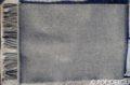 Svetlosivý vlnený šál so strapcami