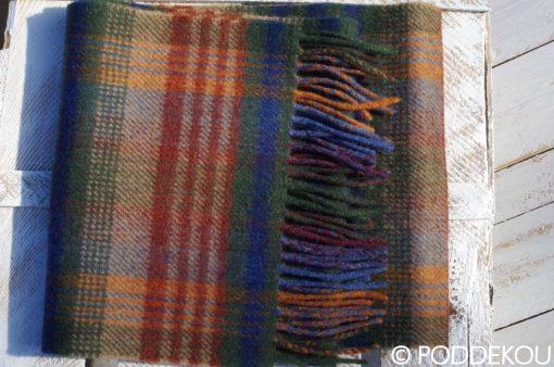 unisex vlnený šál viacfarebný tmavo zelený modrý bordový so strapcami