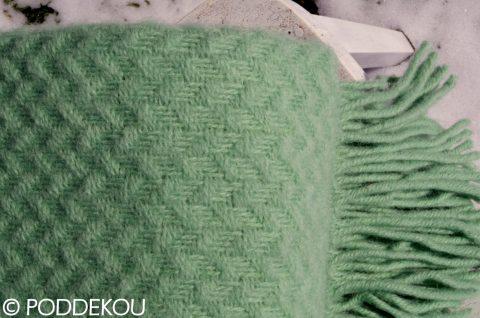 Vlnená deka pastelovo zelená, zelený vlnený prehoz, zelená prikryvka, mintovo pastelovo zelená deka