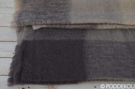 Kvalitná deka z mohérovej vlny, Mohérová deka sivo-béžová kockovaná